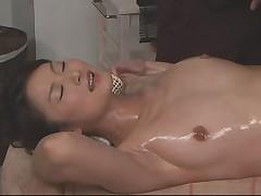 OiL Massage RISA #02