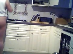 Slut Chubby Teen Housewife Showing Off In The Kitchen