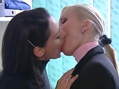 Compilation Of French Kiss Of Lesbians