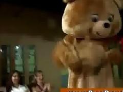 Huge Amateur Cfnm Suck Off Party