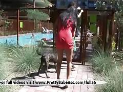Sexy Girl Wants To Pool