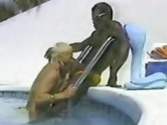 Dushca Ir Sex In The Swimming Pool