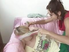 18Yo Lesbian Russians Trying Strapon