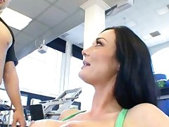 Big Tits Jizzed In The Gym