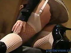 Big Tits Housewife In Pantyhose And Panties Gives Upskirt..