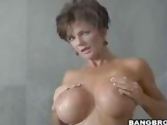 Deauxma Sexy Fingering In Bathroom