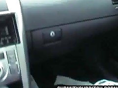 Girl Blows Boyfriend In Car
