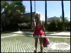 Hot Cheerleader Gives Head!