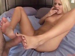 Fantasy Footjobs Riley Evans
