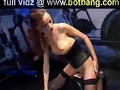 Sexy Babe Takes Fucking Machine