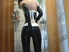 Latex Masturbation