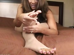Chica In Toeless Pantyhose