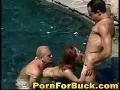 Hardcore Threesome Sex In The Pool