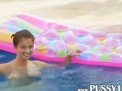 Titty Babe Masturbating In The Pool