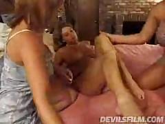 Strapon Orgy 2