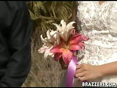 This Wedding Fucks Up