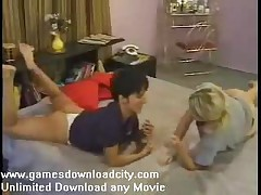 Girls Nude Wrestling