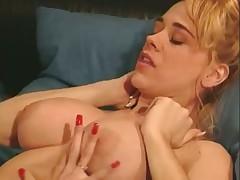 Kaitlyn and Ashlyn Lesbian Licking