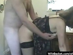 MILF wife gives great blowjob