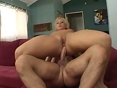 Georgia Peach Big Roundass Analfuck