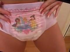 Diaper Girl dg253