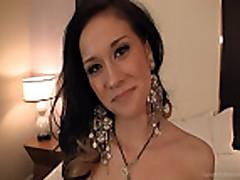 Exotic Babe Elizabeth