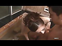 Julia Venue131 in shower