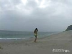 japanese wife fuck on the beach