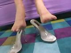 Courtney Cummz Footjob