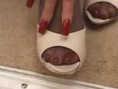 long red fingernails sexy mature