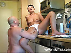 Fucking my pussy with a huge thermos and fisted