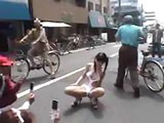 Japanese Cutie in Public (Part2)