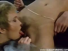 Pussy-sucker lesbos
