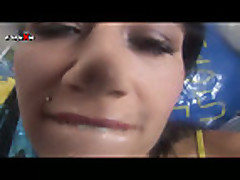 Piss- Lucy Bell Close Up Pissing Games