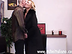 No Sound: Hot Itallian Amateur glasses