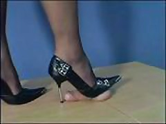 Mistress Arletta Black Pumps