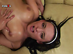 Isabelle Gets Deep Pussy Fisting from her Lesbian Frien
