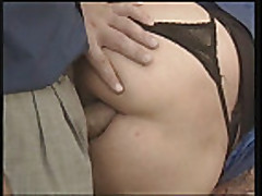 Mature lady getting ass fucked and fisted