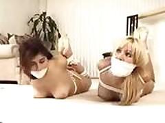 Roommates-9