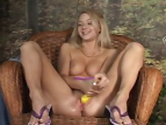 Piss: ember - britney luv - video 6