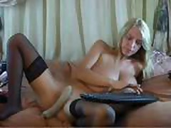 Merilyn Sakova - webcam.