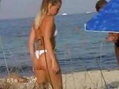 Voyeur beach1