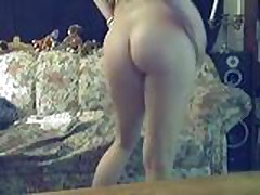 Webcam - Couch Play