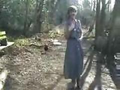 sara-13 to the woods