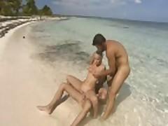 Nesty 3way on the beach Tropical
