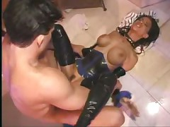 Latex clad slut in bathtub suck and fuck