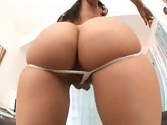 Rachel Starr teases that hot body before fucking