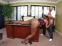 Ebony babe presents and gets fucked