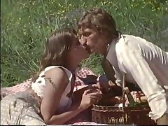 Outdoor sex on a picnic ends with cumshot