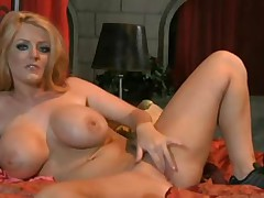 Milf performing hot solo